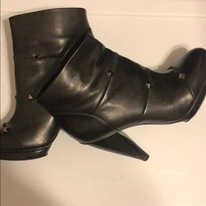 Botkier Vero Cuoio Black Leather Studded Boots
